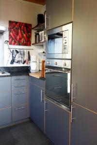 chalet la pente kitchen