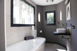 Villa bathroom_0186